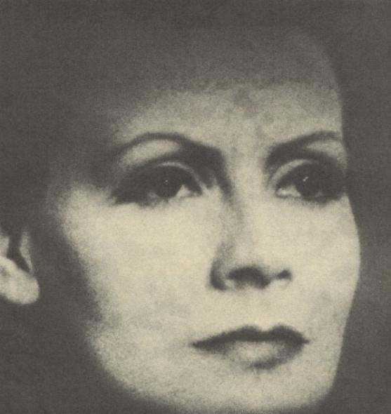 Greta Garbo - Press Articles (Movie Life Magazine - April 1968)